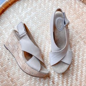 Clark's Annadel Eirwyn Wedge Sandal
